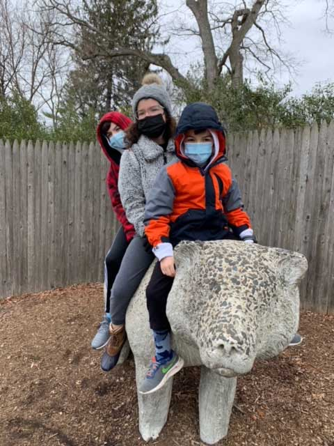 Victoria visits the zoo!